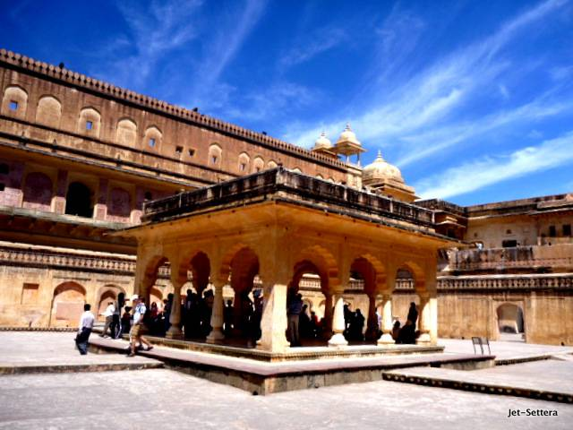 Amber Fort, Jaipur - Best Places to Visit in India