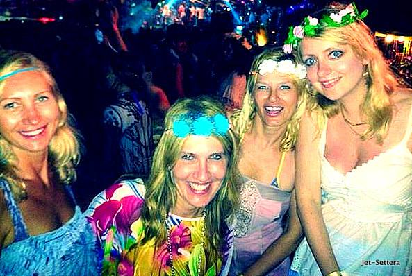 Flower Party with My Girls in Ibiza