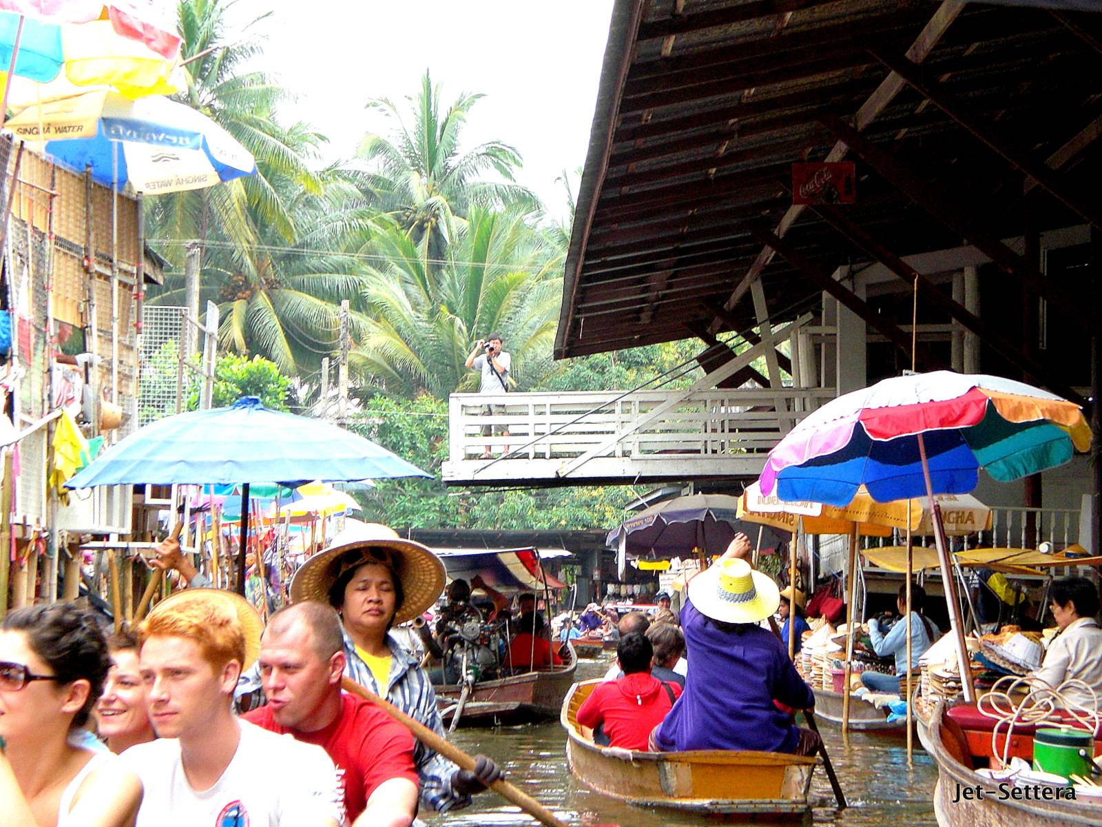 Floating Markets in Bangkok - Places of Interest in Bangkok