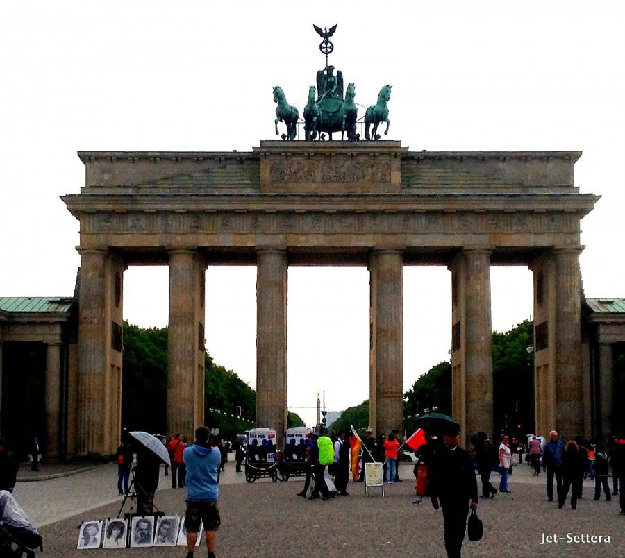 Brandenburger Gate - Places to Visit in Berlin at Night