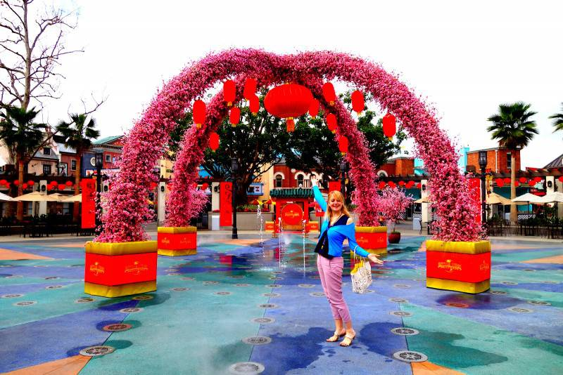 Chinese New Year in Universal Studios - Los Angeles Tourist Attractions